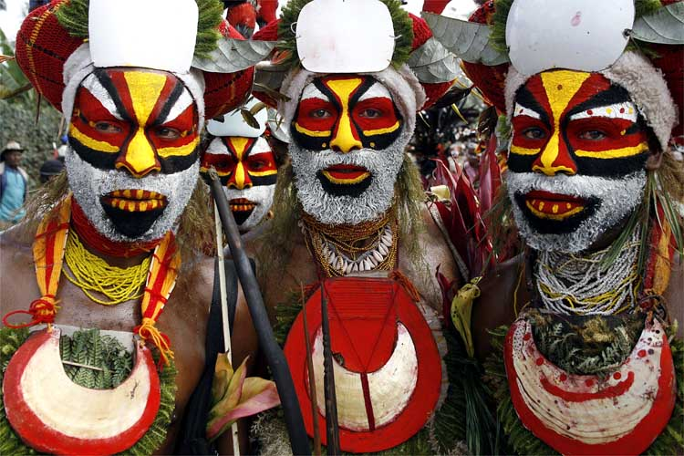маски на стену африканские