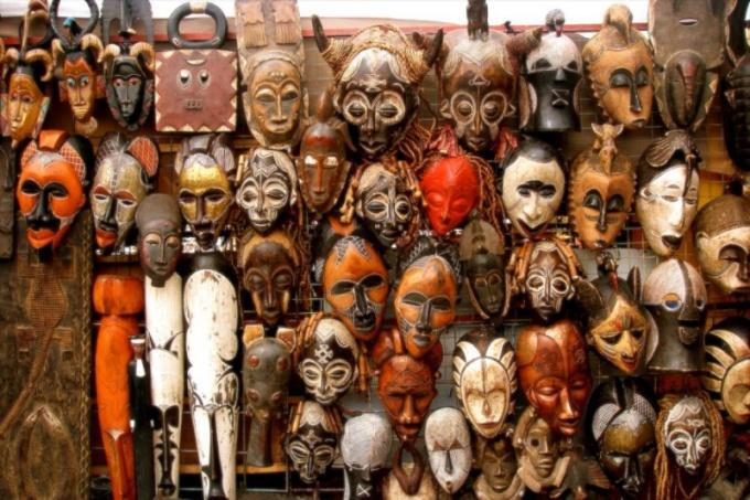 Африканские маски на стену
